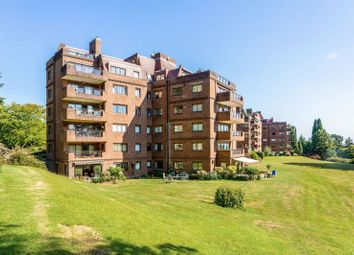 Oak Lodge, Lythe Hill Park, Haslemere GU27. 3 bed flat