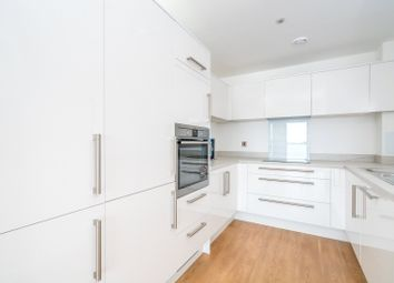 Thumbnail 1 bed flat to rent in Eagle Heights, Waterside Way, London