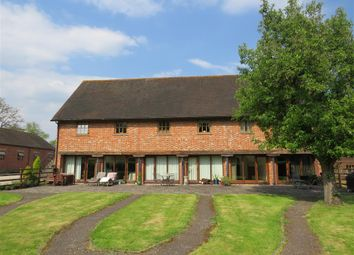 2 bed property to rent in Hermitage Farm, Lucks Hill, West Malling ME19