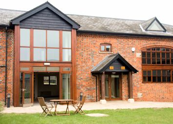 Thumbnail Office to let in Ground Floor The Granary, Courtyard Barns, Choke Lane, Cookham Dean, Berkshire