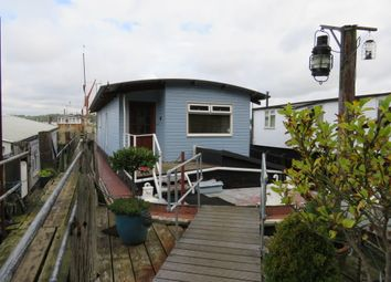 Thumbnail 4 bedroom houseboat for sale in Pinmill, Ipswich