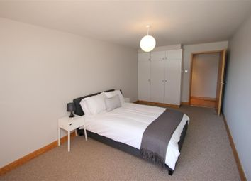 Thumbnail 2 bed flat to rent in Kingsley Mews, Wapping Lane, Wapping