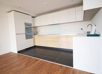 2 bed flat to rent in 21 Huntingdon Drive, Romford RM3