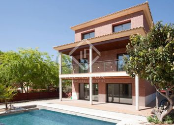 Thumbnail 4 bed villa for sale in Spain, Barcelona, Sant Cugat / Valldoreix, Lfs2716