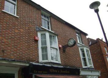 2 bed flat to rent in High Street, Tenterden, Kent TN30