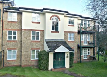 Thumbnail 1 bed flat to rent in Alexandra Park, Queen Alexandra Road, High Wycombe