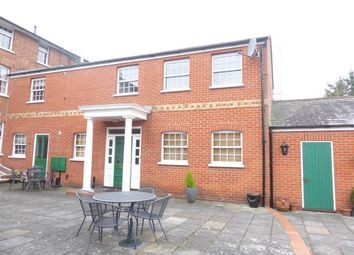 Thumbnail 2 bed property to rent in Baddow Road, Great Baddow, Chelmsford