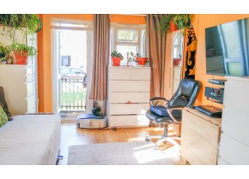 Thumbnail 2 bed flat for sale in Stanley Road, Croydon