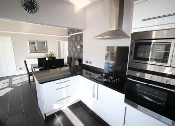 3 bed end terrace house for sale in Albion Road, Chesterfield S40