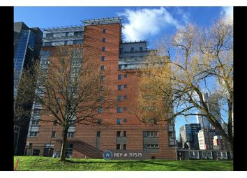 3 bed flat to rent in Princess Street, Manchester M1