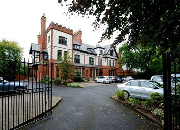 Thumbnail 2 bedroom flat to rent in Sandown Road, Belfast