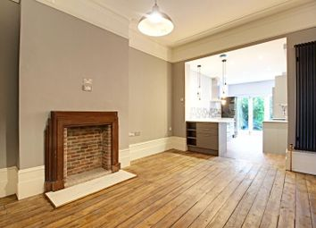 Thumbnail 1 bed flat to rent in Redbourne Avenue, Finchley