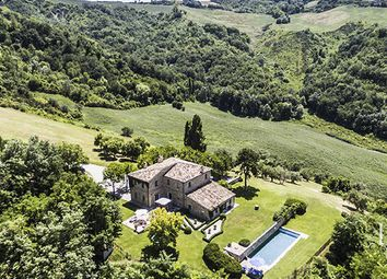 Thumbnail 5 bed villa for sale in Pesaro, Pesaro And Urbino, Marche, Italy