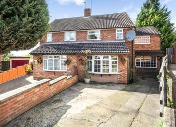 3 bed property for sale in Redwood Drive, Luton LU3