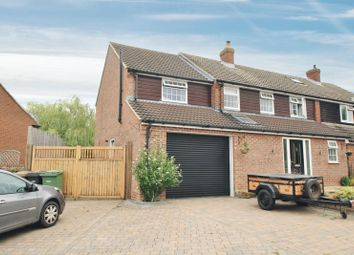 Kennedy Crescent, Cholsey, Wallingford OX10. 4 bed semi-detached house