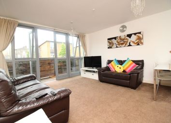 Thumbnail 2 bed flat to rent in Kinglet Close, London