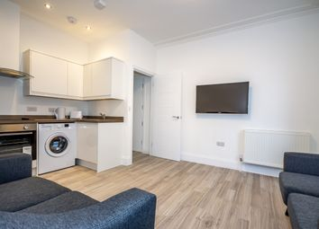 2 bed flat to rent in North Road East, Plymouth PL4