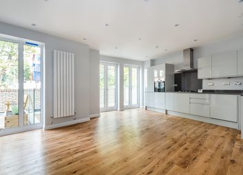 Thumbnail 2 bed flat to rent in East Dulwich Grove, London