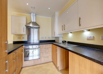 Thumbnail 3 bed flat to rent in Chatfield Road, Battersea