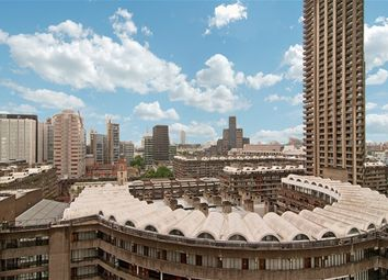 Thumbnail 3 bedroom flat for sale in Barbican, London