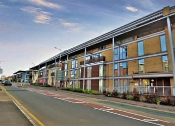 Thumbnail 2 bed flat for sale in 533 Whippendell Road, Watford, Hertfordshire