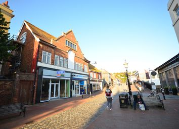 High Street, Lewes BN7. 2 bed flat