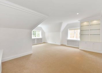 Thumbnail 3 bed flat to rent in Wadham Gardens, London