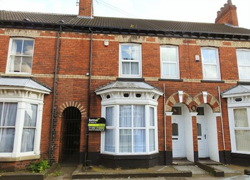 Thumbnail 2 bed flat to rent in Duesbery Street, Princes Avenue