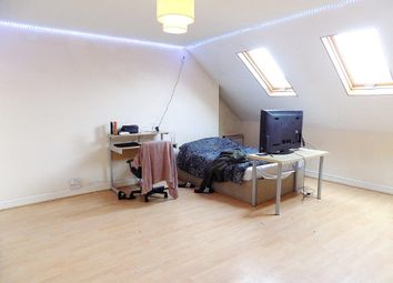 Thumbnail 5 bed maisonette to rent in Wilberforce Road, Southsea