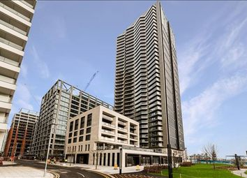 Thumbnail 3 bed flat to rent in George Street, Canary Wharf, London
