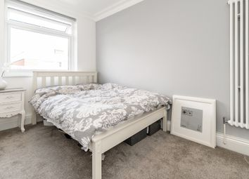 Thumbnail 4 bed flat to rent in Brasted Close, London