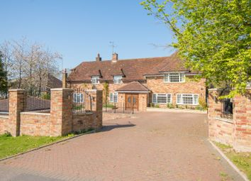 Thumbnail 5 bed detached house to rent in Fulmer Drive, Gerrards Cross