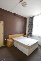 Thumbnail Room to rent in Aldwyck Drive, Wolverhampton