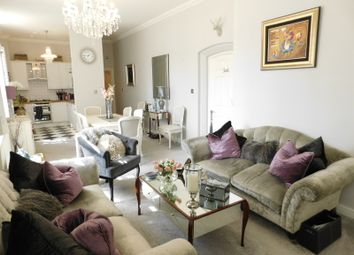 Thumbnail 2 bed flat for sale in South Wing, Fairfield Hall, Kingsley Ave, Fairfield, Herts