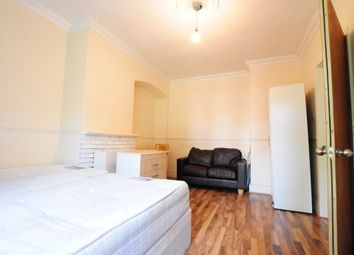 Thumbnail 3 bed property to rent in Westway, London