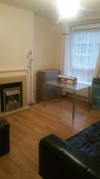 Thumbnail 3 bedroom flat to rent in Poplar, London
