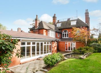 Thumbnail 10 bed detached house to rent in Oathall Road, Haywards Heath