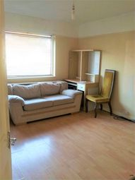 Thumbnail 3 bed flat to rent in Greenfield Ave, London