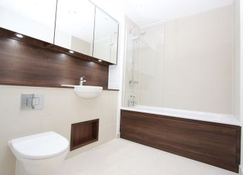 Thumbnail 1 bed property to rent in Bluebell House, Redwood Park, Rotherhithe, London SE16, Rotherhithe