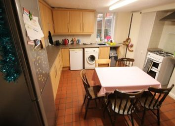 Thumbnail 6 bed terraced house to rent in Hessle Place, Hyde Park, Leeds