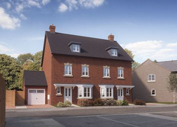 Thumbnail 3 bed town house for sale in Eversley Road, Norwich