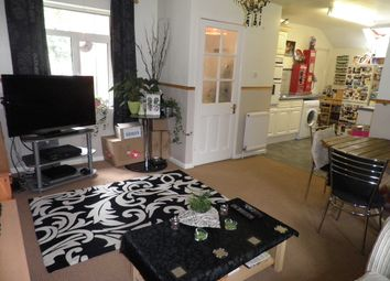 Thumbnail 1 bed flat to rent in The Green, Steventon, Abingdon