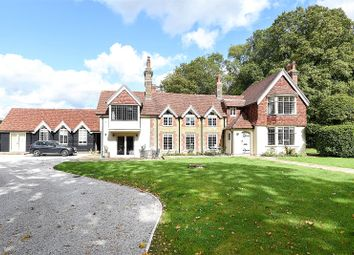 Thumbnail 6 bed country house to rent in Knowle Lane, Cranleigh, Surrey