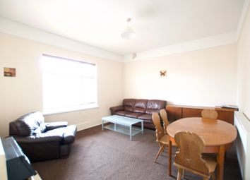 2 bed flat to rent in Rosebery Avenue, Newland Avenue, Hull HU5