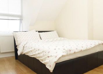 Thumbnail 1 bed flat to rent in Edgeley Road, Clapham