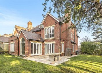 Thumbnail 6 bed property for sale in Chenies Place, Arkley, Herts
