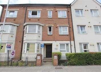 Thumbnail 1 bed flat to rent in Green Lane, Ilford, Essex