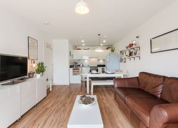 Thumbnail 1 bed flat to rent in Millstream Road, London