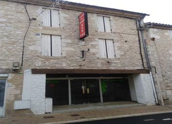 Thumbnail Pub/bar for sale in Velines, Dordogne, France