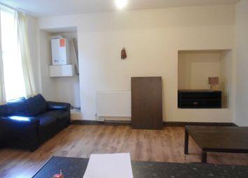 2 bed flat to rent in Moorland Avenue, Leeds LS6